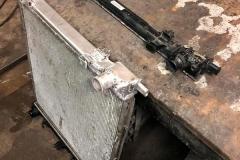 Замена пластокового бачка радиатора на алюминевый